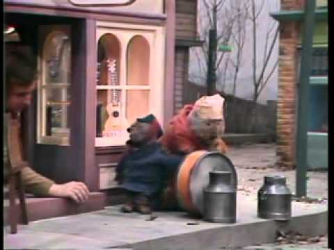 """Emmet Otter's Jug Band Christmas """"Outtakes"""""""