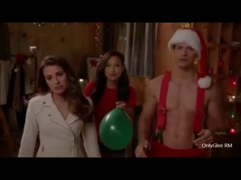 """GLEE """"The Chipmunk Song"""" (Full Performance)