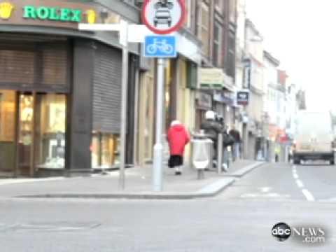 Northampton Grandmother Stops Jewelry Store Robbery with Handbag ABC News
