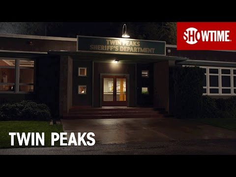 The Town of Twin Peaks | SHOWTIME
