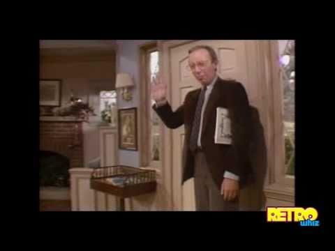 Alf TV Show Intro Season 1 (1986)