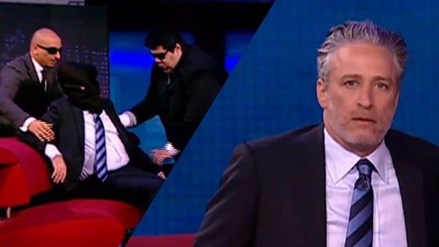 Jon Stewart als Geisel