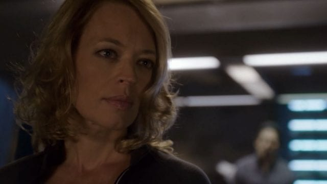 Helix S01E07 – Seven of Nine saves the day