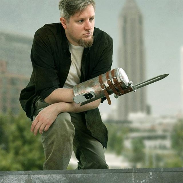 TWD-weapons_03 The Walking Dead Spielzeug-Waffen