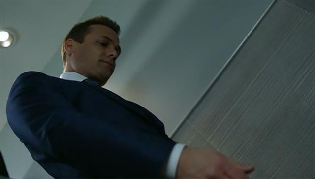 Suits_S05E01_02