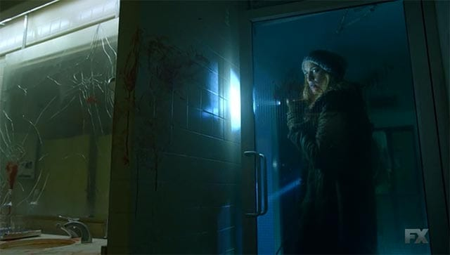 The Strain S02E02 – By Any Means