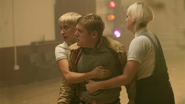This is England S03E01 – '90 – Spring