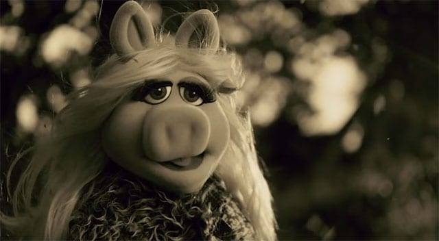Miss-Piggy-Hello