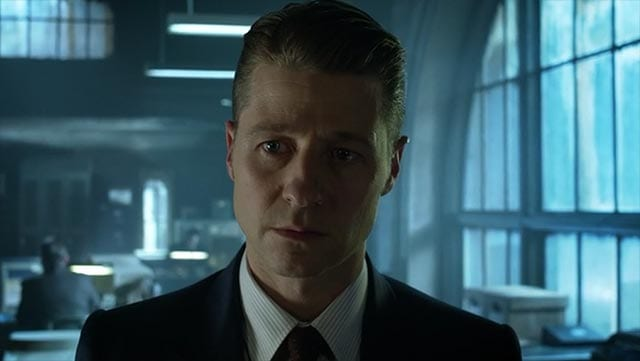 review-gotham_S02E15_02