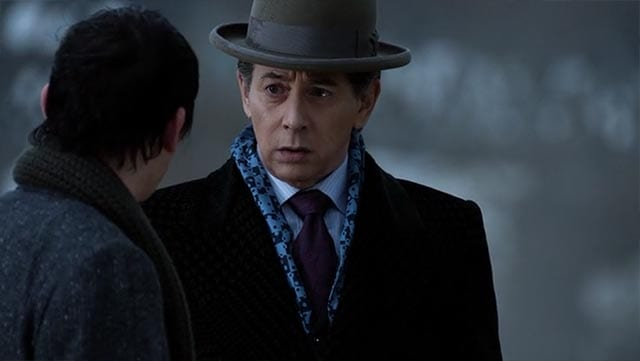 review-gotham_S02E15_03