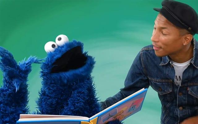 Pharell Williams singt mit Elmo und dem Krümelmonster