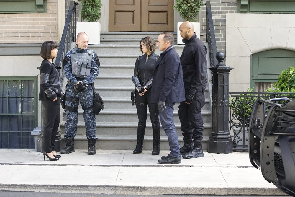 Review: Agents of S.H.I.E.L.D. S03E04 – Devils You Know