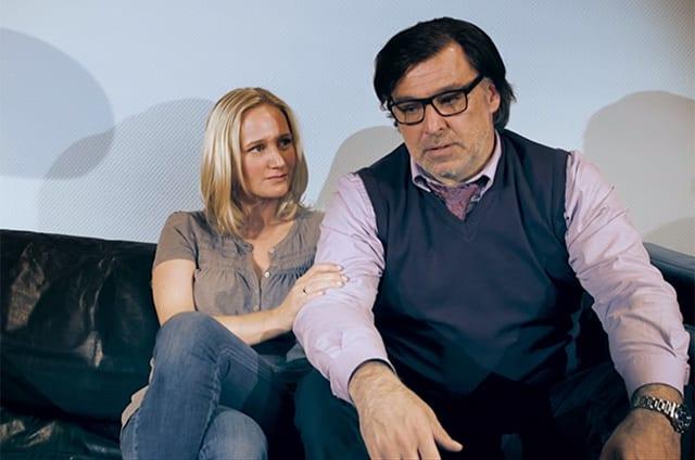 Lindenstraße: Couchzone mit Lisa und Murat