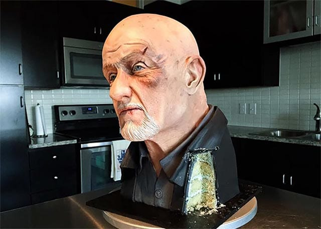 mike-ehrmantraut-breaking-bad-cake_01
