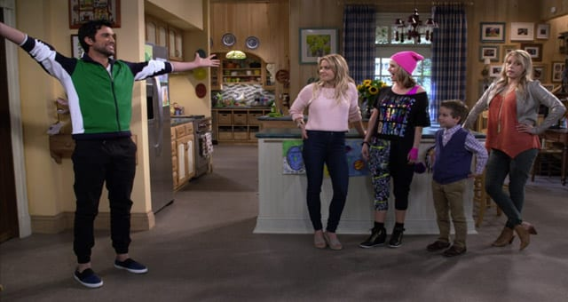Review: Fuller House S02E01E02 – Welcome Back | Mom Interference