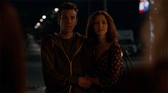 Review: Man Seeking Woman S03E01 – Futon