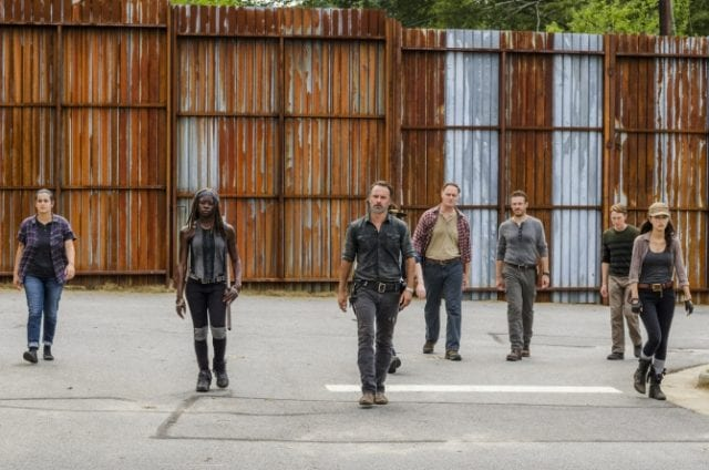 twds07b10-640x424 Review: The Walking Dead S07E09 - Rock in the Road