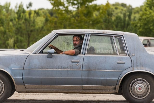 twds07b11-640x427 Review: The Walking Dead S07E09 - Rock in the Road
