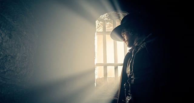 """Ein erster Blick auf Kit Harington in """"Gunpowder"""""""