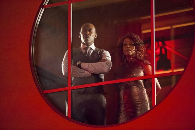 Luke-Cage-Cottonmouth-Sister-640x426 Review: Luke Cage – Staffel 1