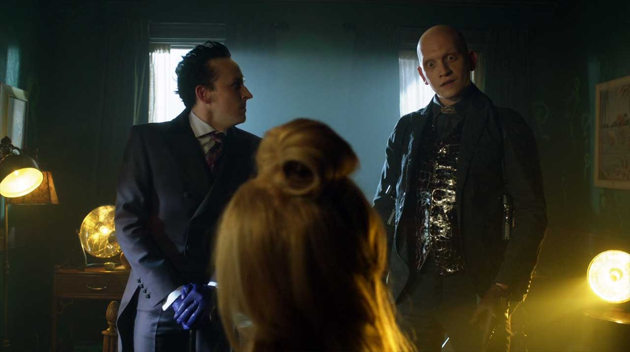 gotham-s04e03-review_05-1 Review: Gotham S04E03 - They Who Hide Behind Masks