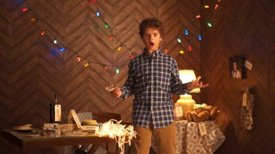 Dustin fasst die 1. Stranger Things-Staffel in 7 Minuten zusammen