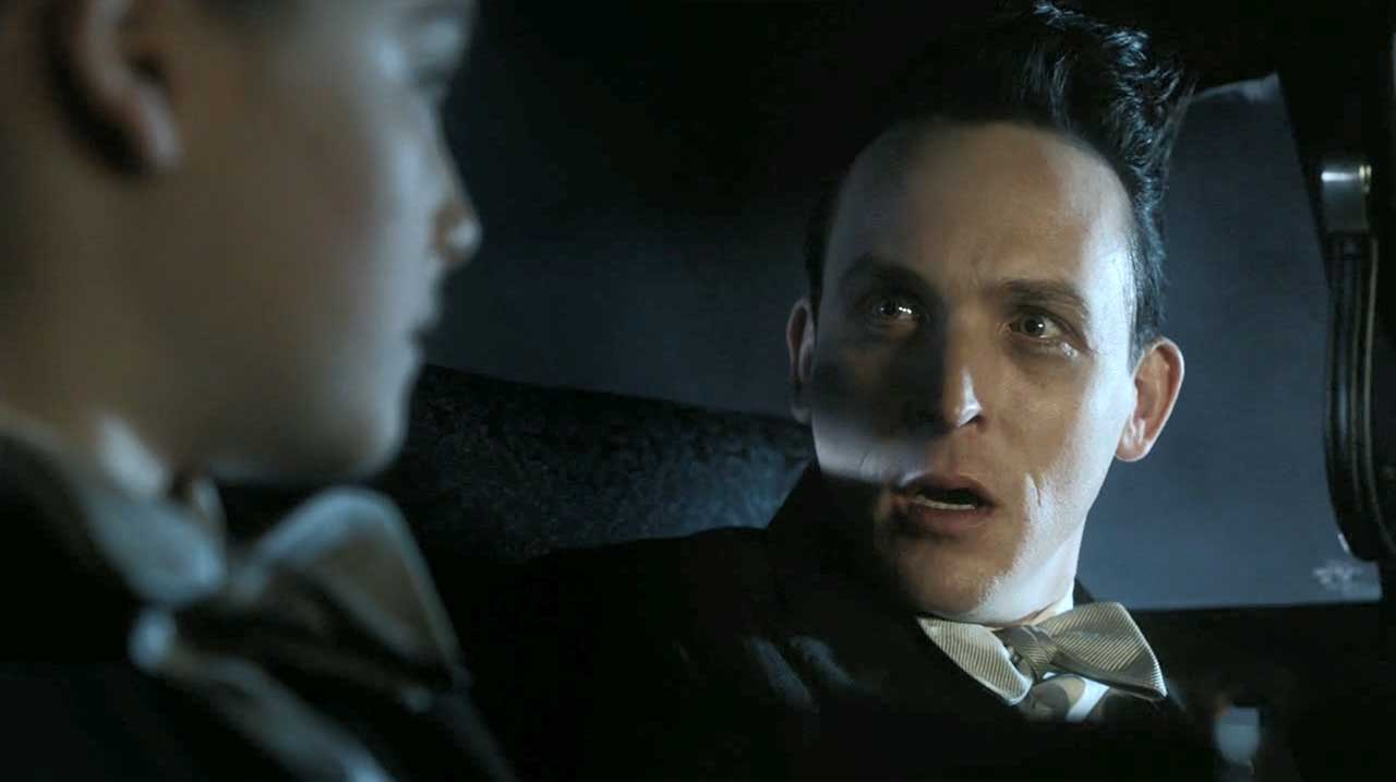 Gotham-S04E09_Review_03 Review: Gotham S04E09 - Let Them Eat Pie