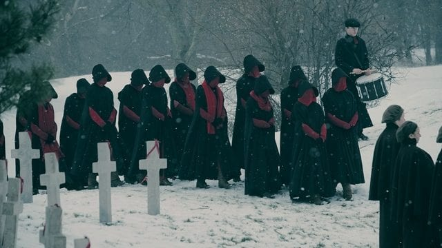 HandmaidsTale_S2_FirstLook_1-640x360 The Handmaid's Tale: Erste Bilder zur 2. Staffel
