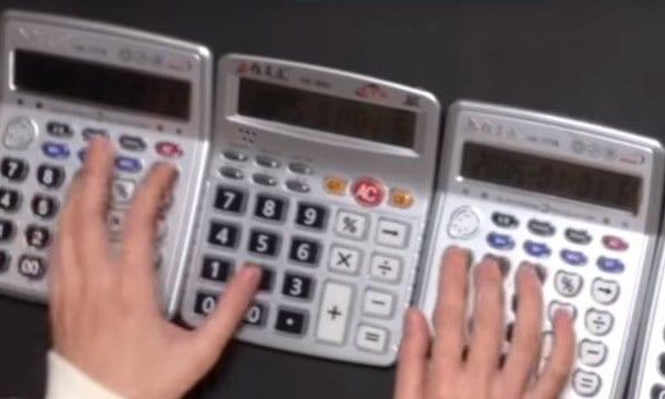 Game of Thrones Theme mit Taschenrechnern nachgespielt