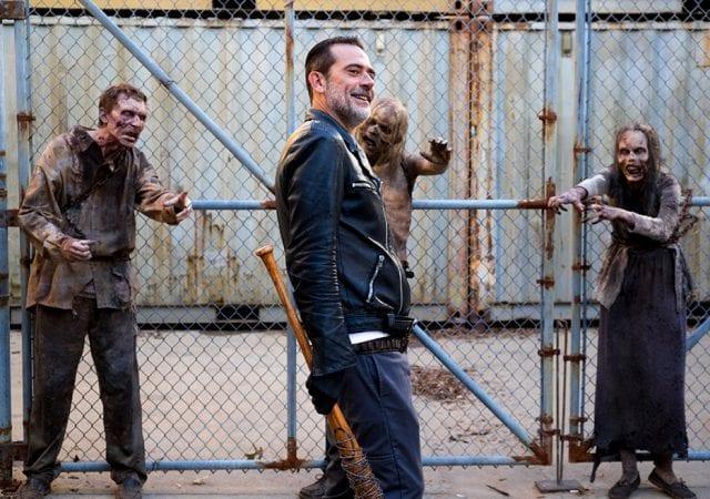 the-walking-dead-episode-811-negan-morgan-935-640x450 Review: The Walking Dead S08E11 - Dead or Alive Or