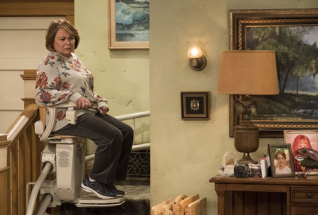 Review: Roseanne S10E03 – Roseanne gets the chair
