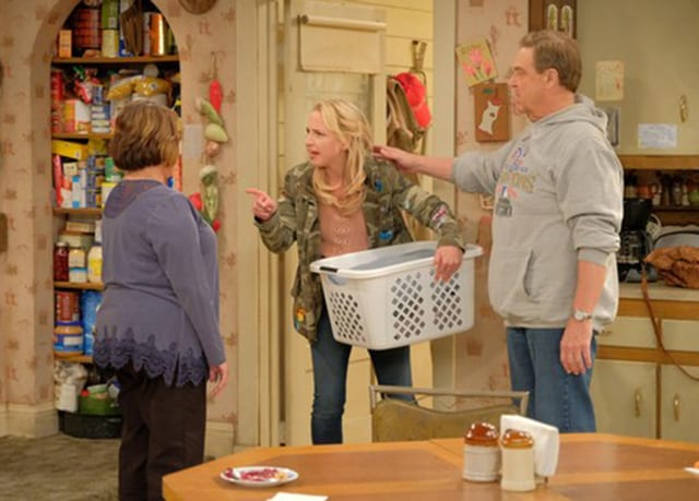 roseannes10e04c Review: Roseanne S10E04 - Eggs Over, Not Easy