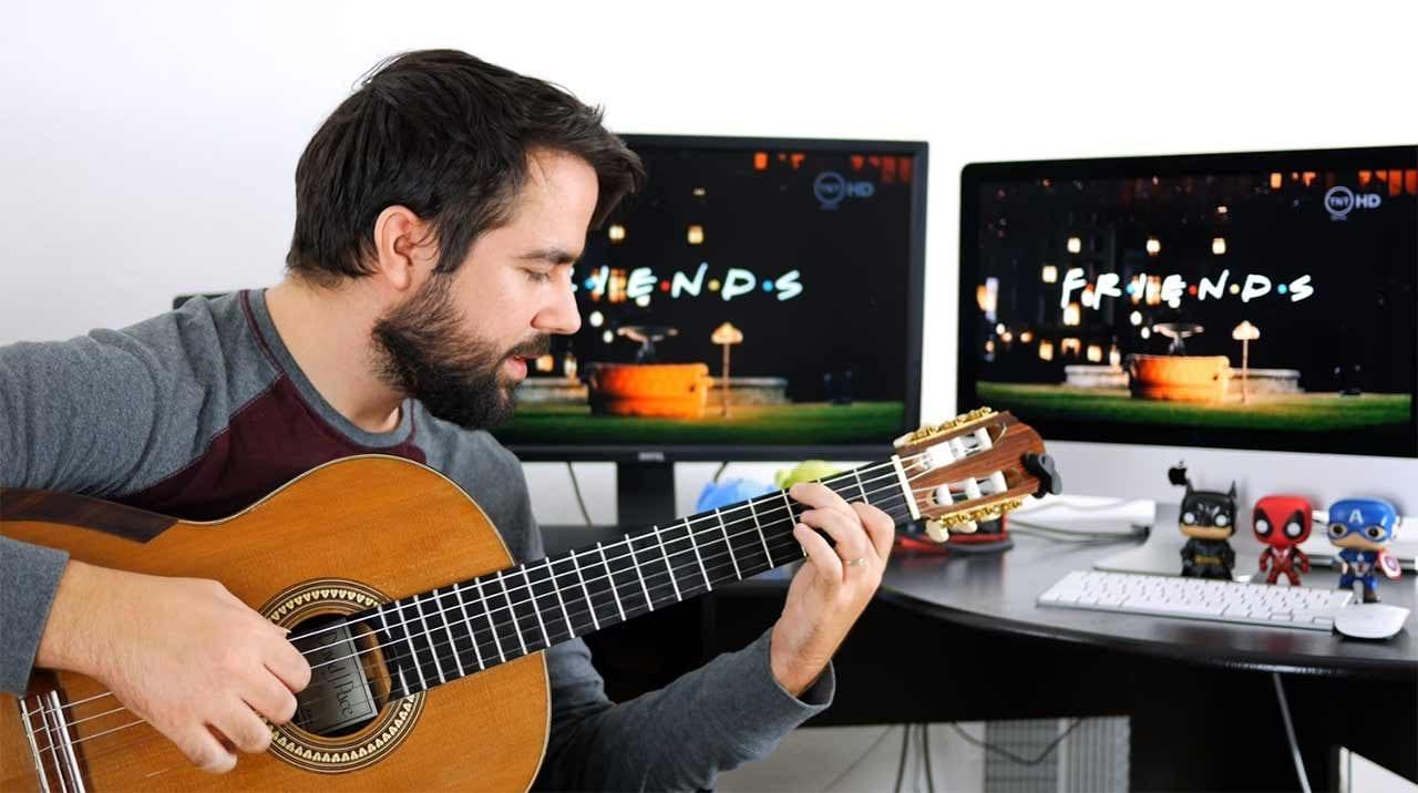 Sitcom-Titelmelodien auf der Gitarre gespielt