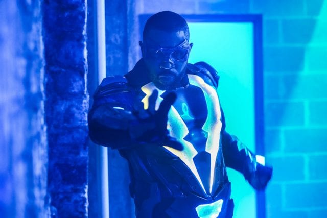 Review: Black Lightning – Staffel 1