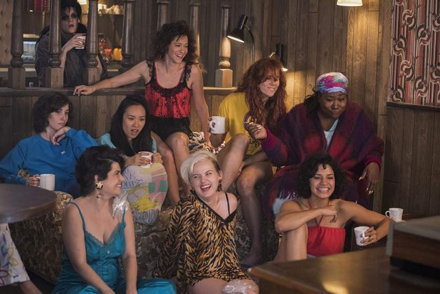 Glow-Season-2-Ladies-640x427 Review: GLOW – Staffel 2
