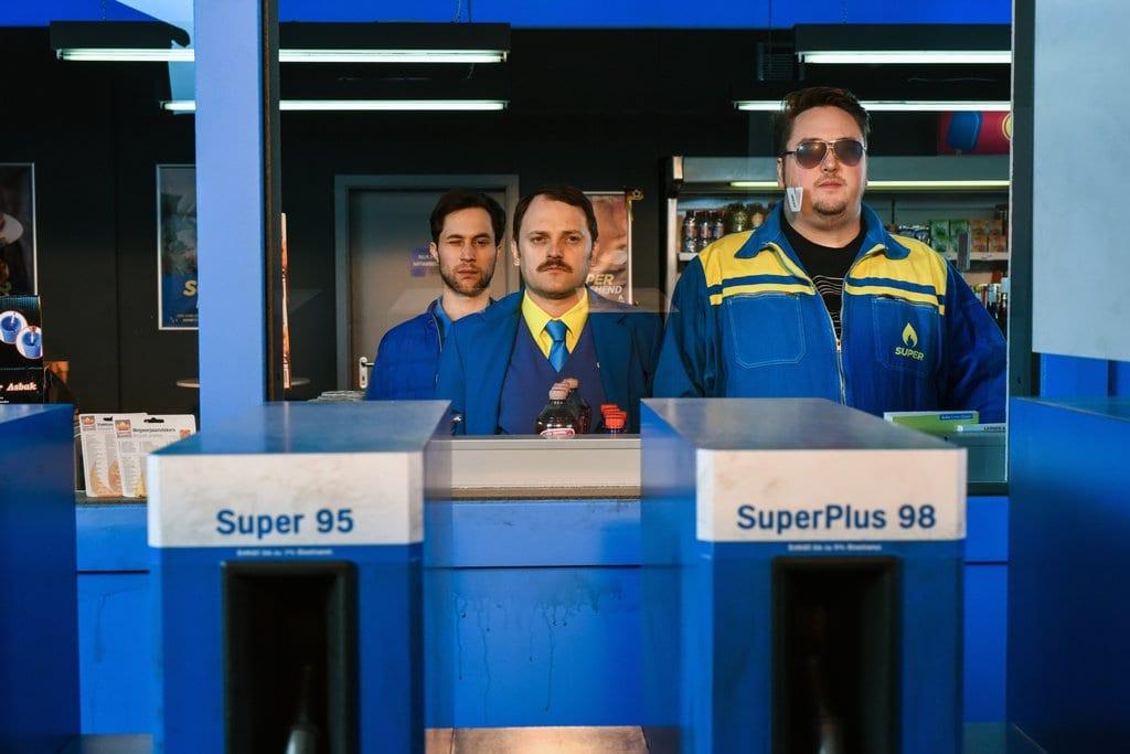 Neue ZDFneo Sitcom: Tanken – mehr als Super