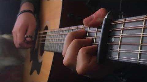 """""""Game of Thrones""""-Theme auf 12-saitiger Gitarre gespielt"""