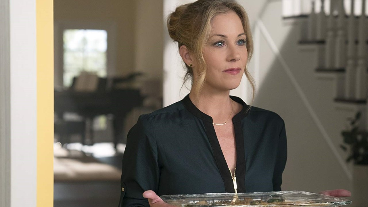 "Irrwitziger Trailer zur Dark Comedy ""Dead to me"" mit Christina Applegate"