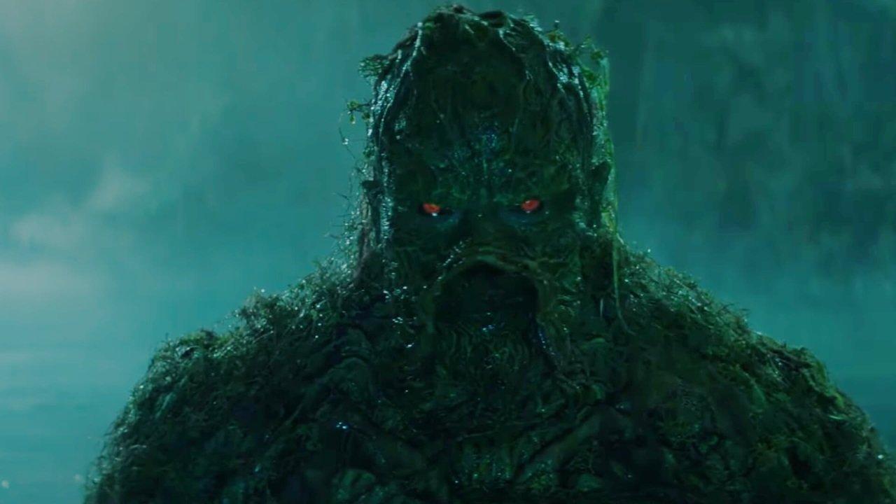 """Furchteinflößender Trailer zu """"Swamp Thing"""""""