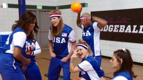 The Late Late Show: Game of Dodgeball mit Cumberbatch, McCarthy und Obama