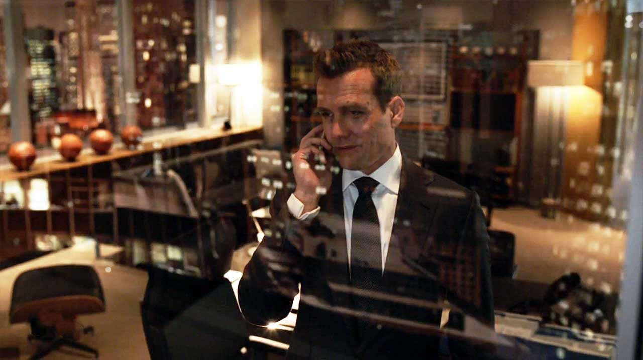 Suits-S09E01-Review_00
