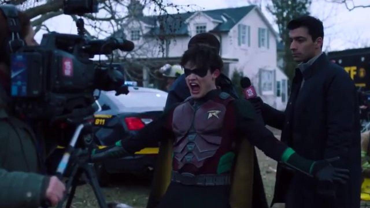 """Rasanter Trailer zur 2. Staffel von """"Titans"""""""