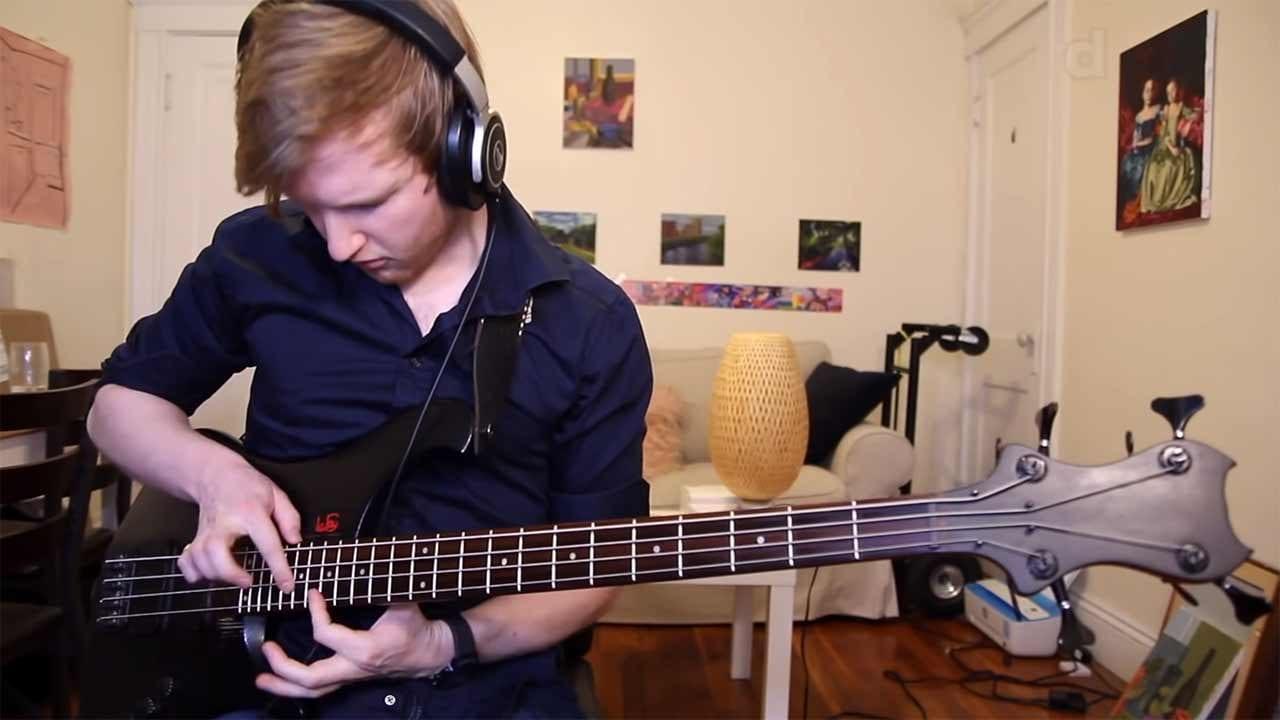 """Wenn ein professioneller Bassist das """"Seinfeld""""-Theme spielen soll"""