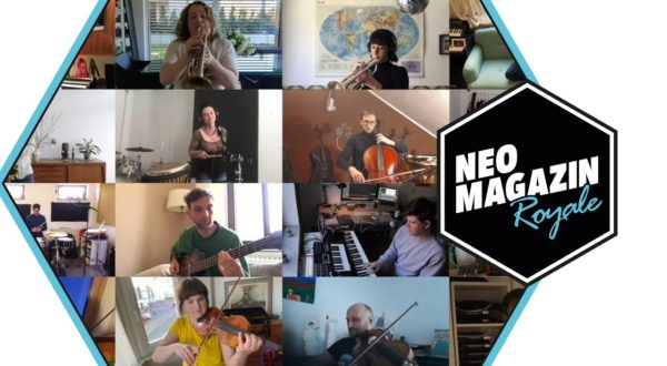 Friends: Das Neo Magazin Royale-Orchester spielt das Intro