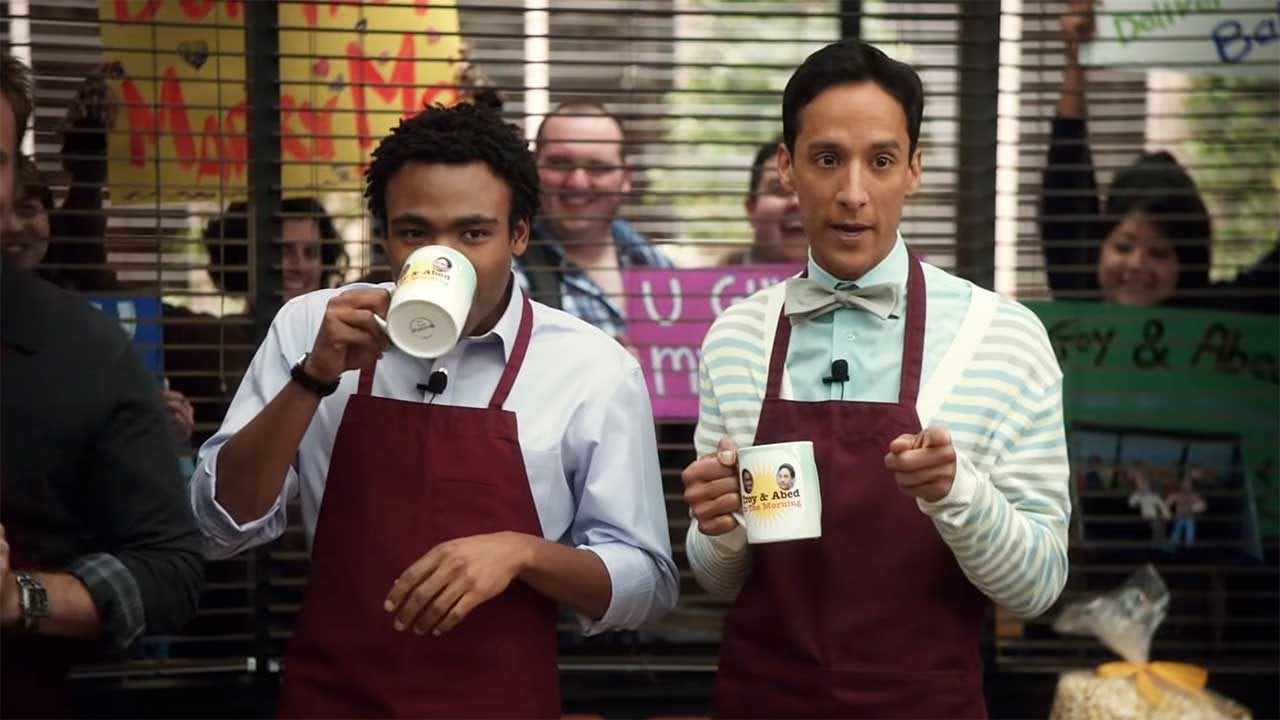 "Community: Alle ""Troy and Abed In The Morning""-Ausgaben in einem Video"