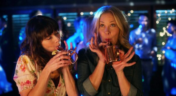 Review: Dead to Me – Staffel 2