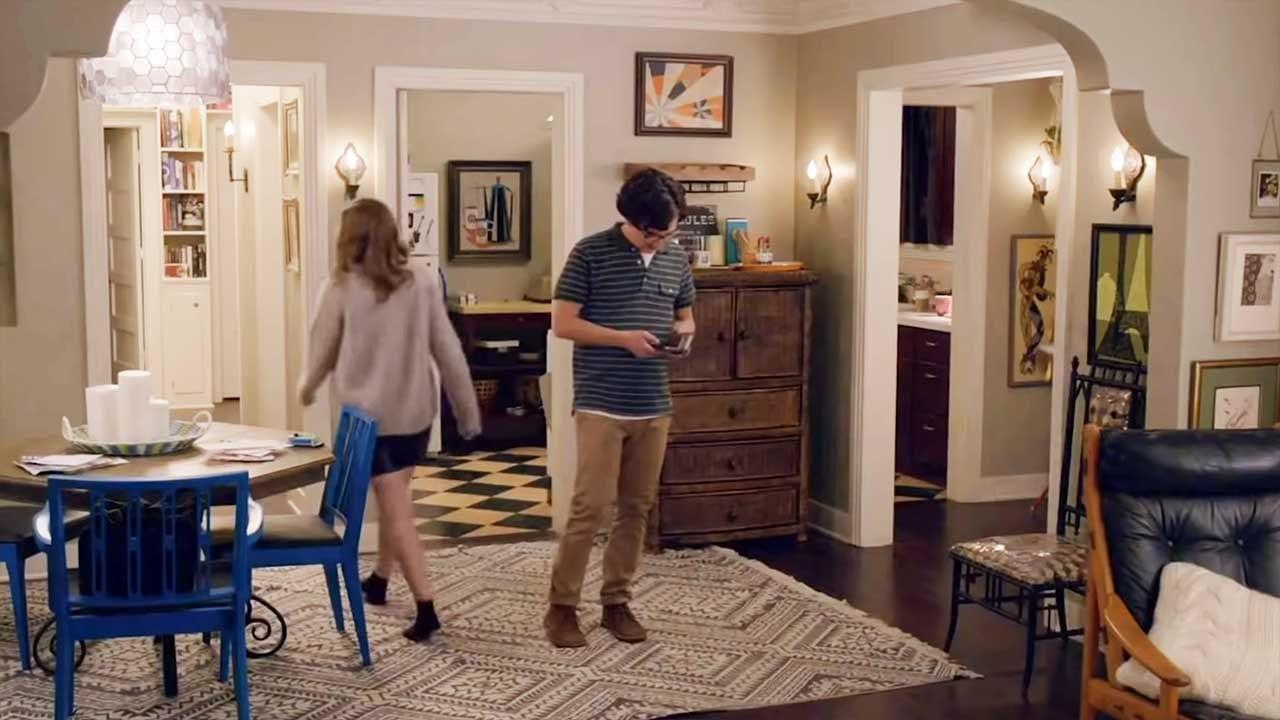 """Production Designer von """"LOVE"""" und """"Parks & Rec"""" erklärt Details der Set-Entwicklung"""