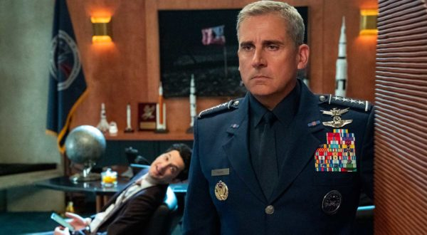Review: Space Force – Staffel 1