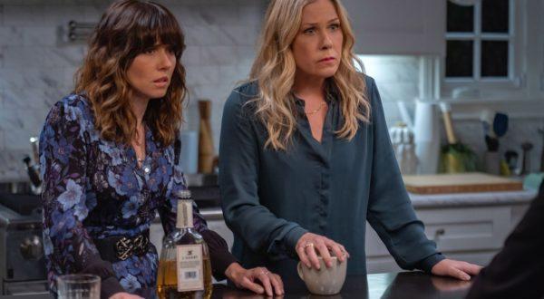 "Netflix spendiert ""Dead to Me"" finale dritte Staffel"