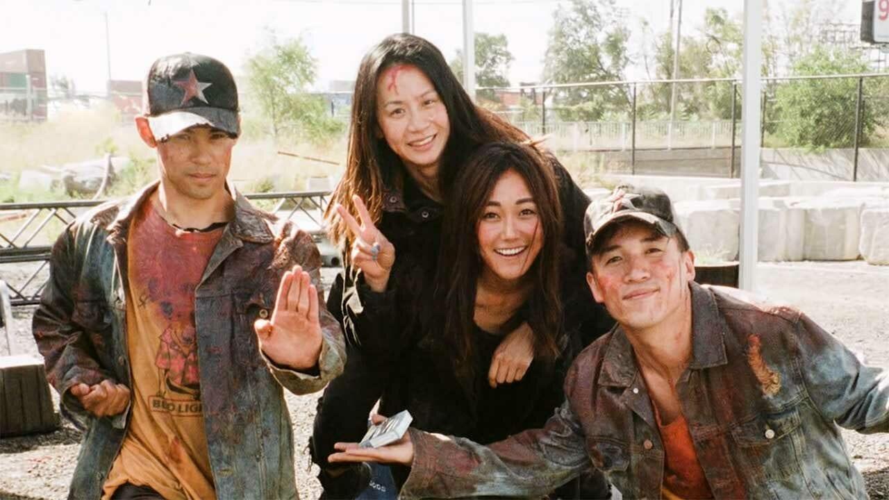 The Boys: Karen Fukuhara im Gespräch mit ihrem Stunt-Double Irma Leong